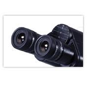 میکروسکوپ دو چشمی
